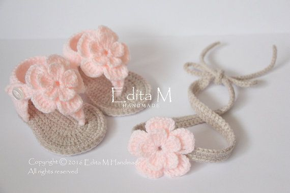 25+ Best Ideas about Crochet Baby Sandals on Pinterest ...