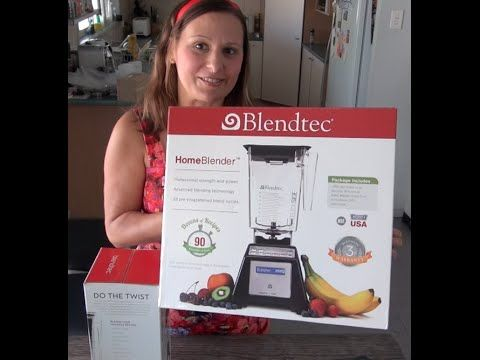 ▶ #Blendtec #Blender #Unboxing Video with Leigh-Chantelle from Viva la Vegan! - YouTube