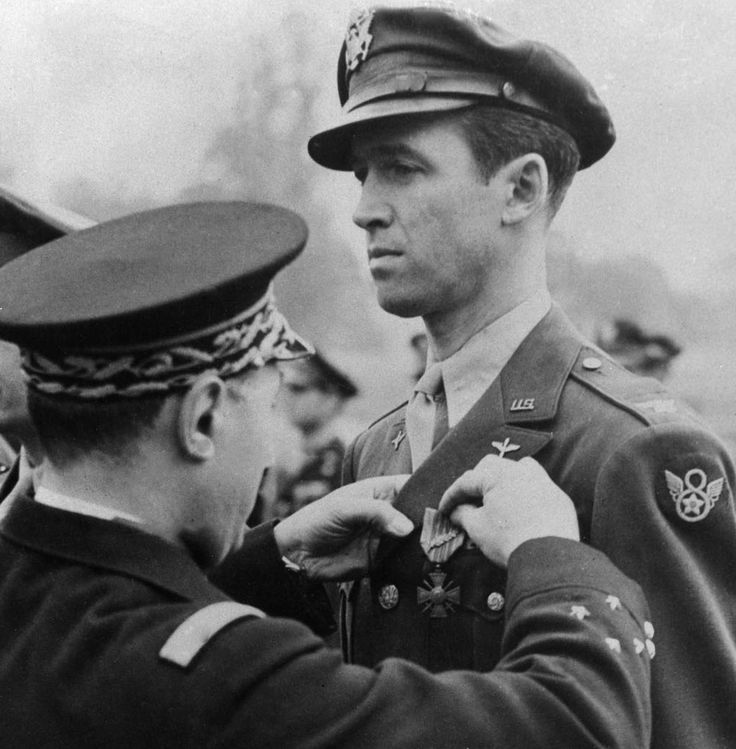Colonel James Stewart receives the Croix de Guerre from the French government for his military service in Europe. He served with the US Army Air Force from 1941-1945.