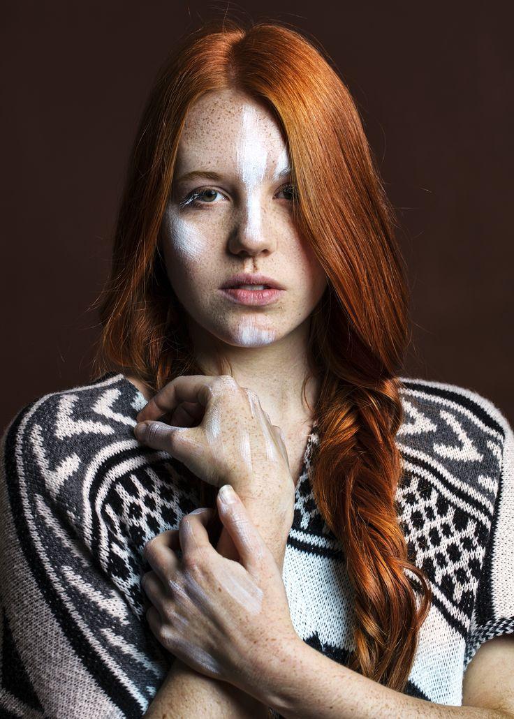 Sommersprossen, Vivien, Ospelt, ospelt photography, Model, Indianer, weisse Farbe im Gesicht