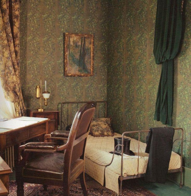 Bureau de Jules Verne.