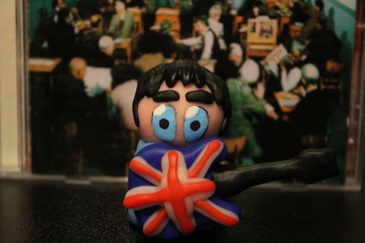 Noel Gallagher_Epiphone Supernova_Oasis