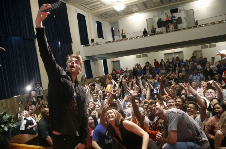 The Chainsmokers Visit High School Seniors in Tulsa, Gives Them All Free Concert Tickets - Celebrities Do Good