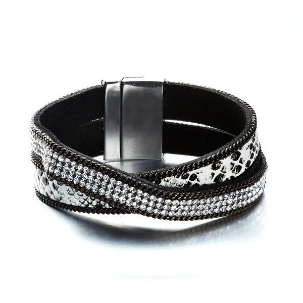 Bracelet 2 Rangs Cristaux Blancs de Swarovski Elements et Cuir Noir  http://www.bluepearls.fr/fr/produits/bracelet-2-rangs-cristaux-blancs-de-swarovski-elements-et-cuir-noir.4751.html