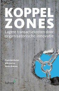 'Koppelzones' presenteert een aanpak voor het verminderen van koppelfricties in ketens. Kernwaarden daarbij zijn: onafhankelijke regievoering, de opbouw van vertrouwen en het toewerken naar een eerlijk besluit. U krijgt hiermee de handvatten om organisatorische innovatie te realiseren en u gaat aan de slag met zes tactische richtlijnen voor het opstellen van een koppelzone. Tevens krijgt u drie richtlijnen om de koppelzones vervolgens goed te kunnen managen.