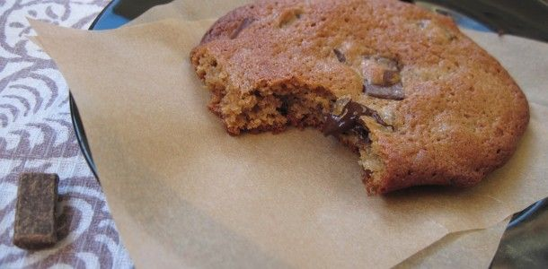 vanilla bean chocolate chunk cookies- gf/paleo/nut free