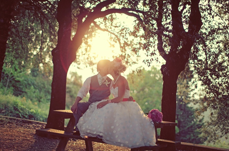 natural light: Joy Photography Th, Nature Lights, Pictures Ideas, Joy Photographyth, Italy Wedding, Weddingengagement Ideas, Tuscany Italy, Sun Flare, Aubrey Joy