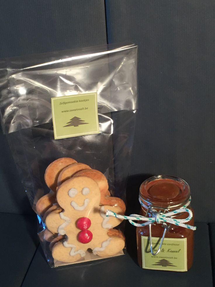 Voorbereiding kerstpakketten voor Sweet 'n Salt