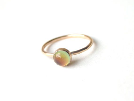 LOVE LOVE LOOOOVE real Gold 14kt Gold small Mood Ring by proteales on Etsy