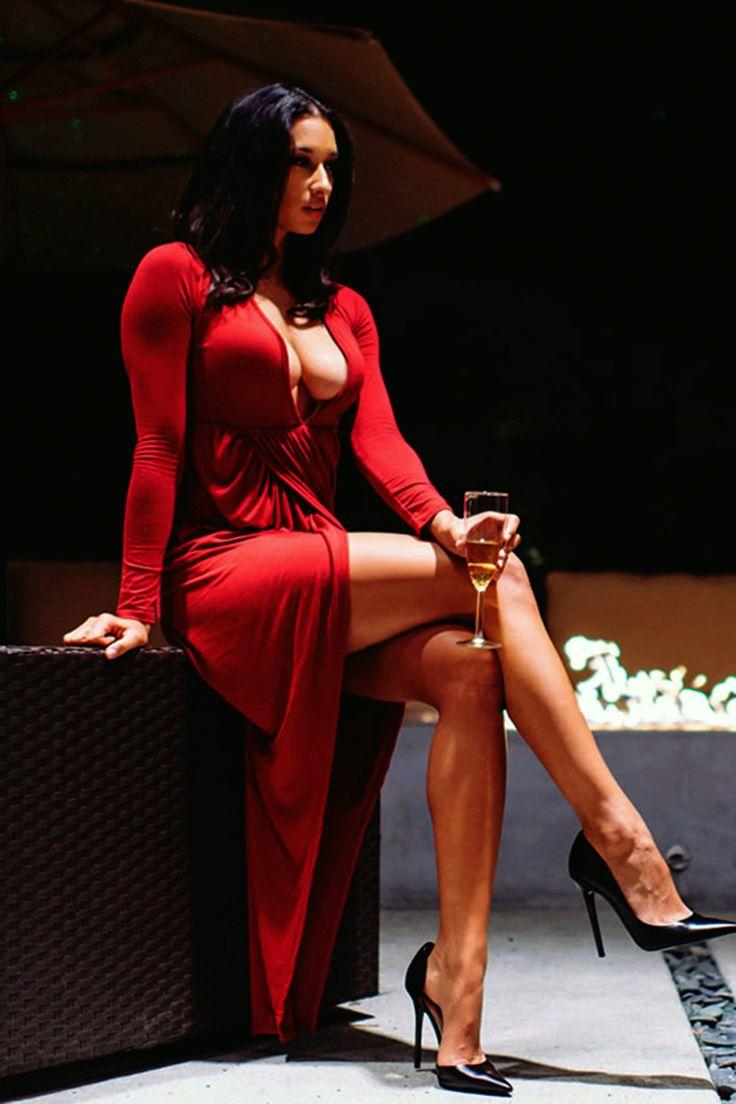Стерва в платье эротика фото, порно онлайн студенты жесткое оргия
