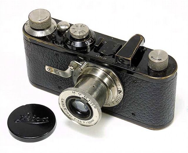 The very first 35mm camera on market, Leica I. Let's thank Oscar Barnack for his lazyness of weighing a large format one so he created this gem on 1925.