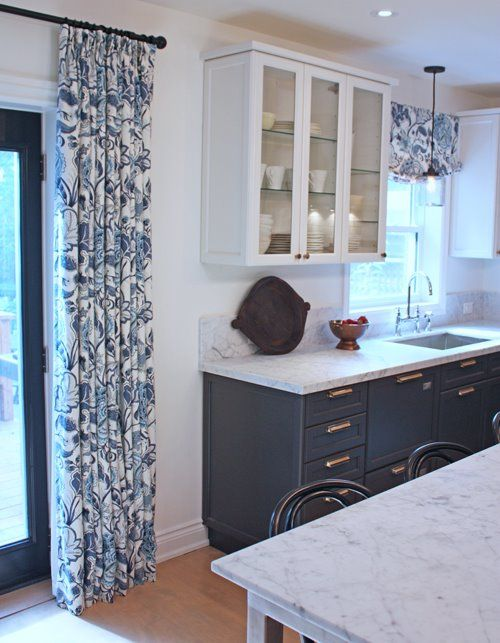 White uppers + blue lowers | Cameron MacNeil with Aya Kitchens. Drapes and valance sewn by Tonic Living