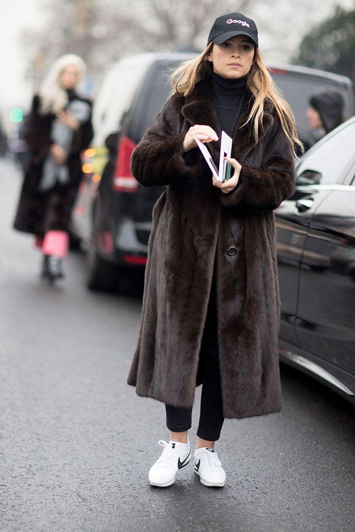 Неделя высокой моды в Париже: streetstyle. Часть 2   Журнал Harper's Bazaar
