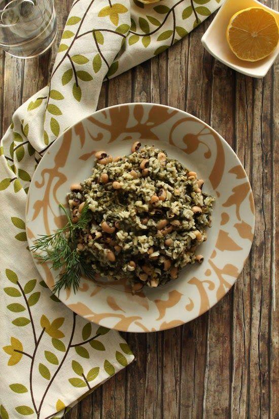 Μαυρομάτικα φασόλια με σπανάκι και ρύζι