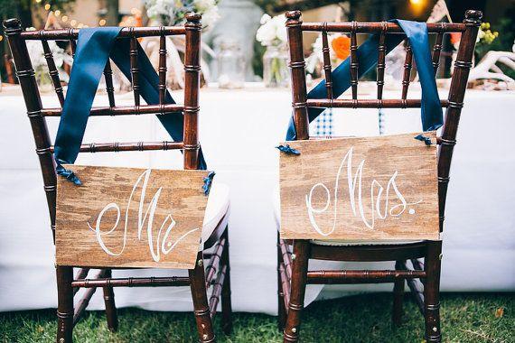 Mr e Mrs sedia segno / sposi sedia segno di PartyCreative su Etsy
