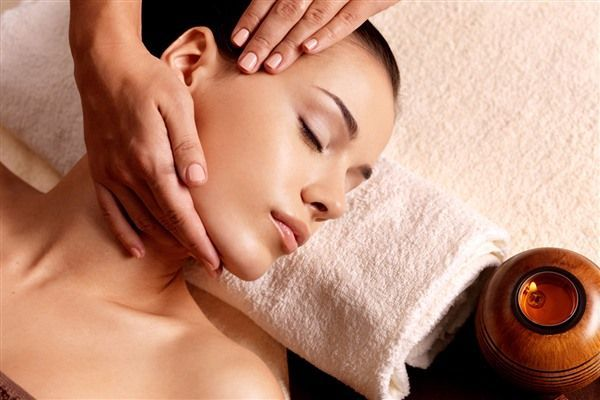 Special treatment for your #neck feel free touch with us...   #beauty #spa #jandb #manicure