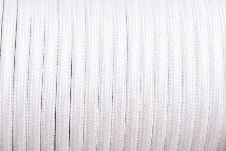 Rendelj tilka fehér fonott textil vezeték méterre vagy kérd design lámpaként, hosszabbítóként. tilka.hu