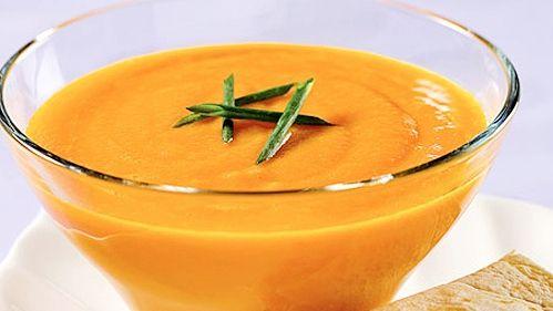 Potage aux carottes, orange et gingembre - Recettes de cuisine, trucs et conseils - Canal Vie
