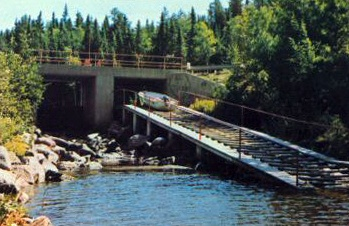 Boat Lift - Longbow Lake into Lake of the Woods, Kenora, Ontario -saving this for my dad