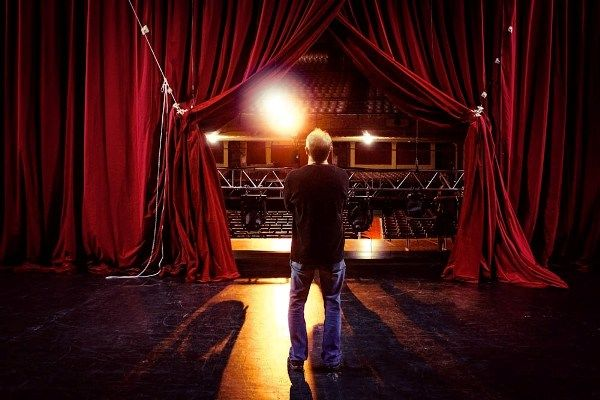 Submissions are now open to perform in the world's second largest cabaret festival and one of Melbourne's key winter arts events. Join us in 2014, from Thursday 19 to Sunday 29 June.  Go to our website to find out what we're looking for. http://melbournecabaret.com  This image taken at the Palais Theatre by Alexis Desaulniers-Lea, www.alexisdlea.artworkfolio.com