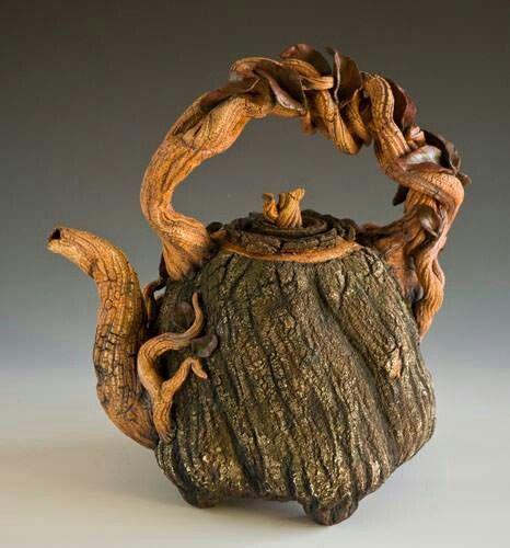 Twisted tree pot