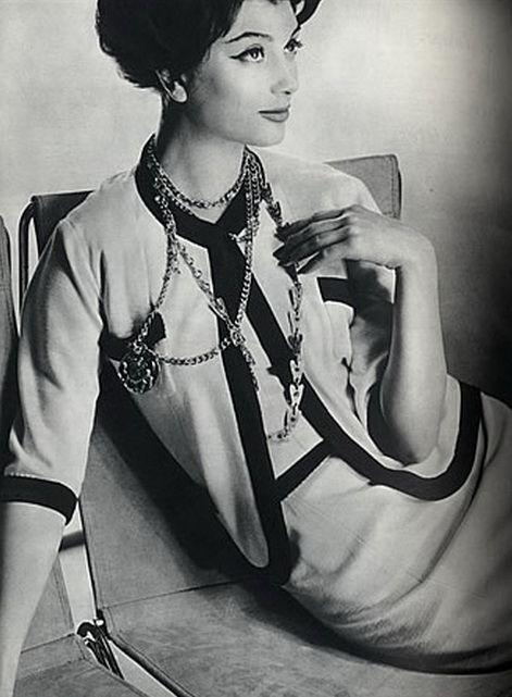 History of chanel fashion 84