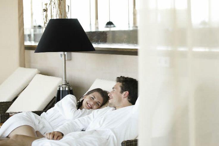 """KUNDEN WERBEN und sich Ihren Tagesurlaub sichern!  Schauen Sie an, was der Tagesurlaub """"Relax!"""" enthält: www.saunaking.at/sauna-king-s-sommer-promotion-kunden-werben"""