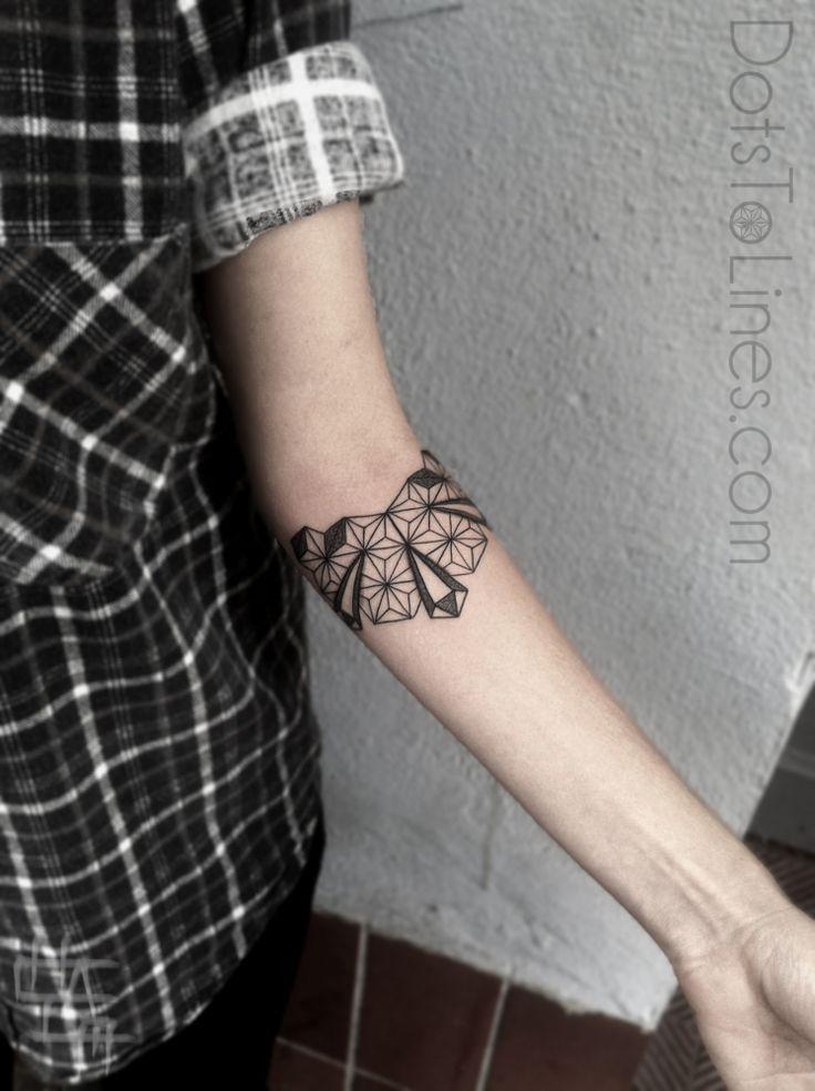 Geometric lines arm forearm tattoos spiral tattoo for Line tattoos on arm