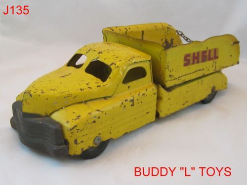 VINTAGE BUDDY L PRESSED STEEL TOY TRUCK SHELL GAS OIL AMERICAN MADE VERY RARE!!!!!  ON AUCTION THIS WEEK!!!!!