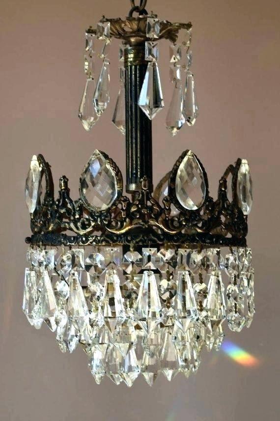 Antique Brass Chandelier Parts In 2020 Vintage Crystal Chandelier Antique Brass Chandelier Vintage Bathroom Lighting
