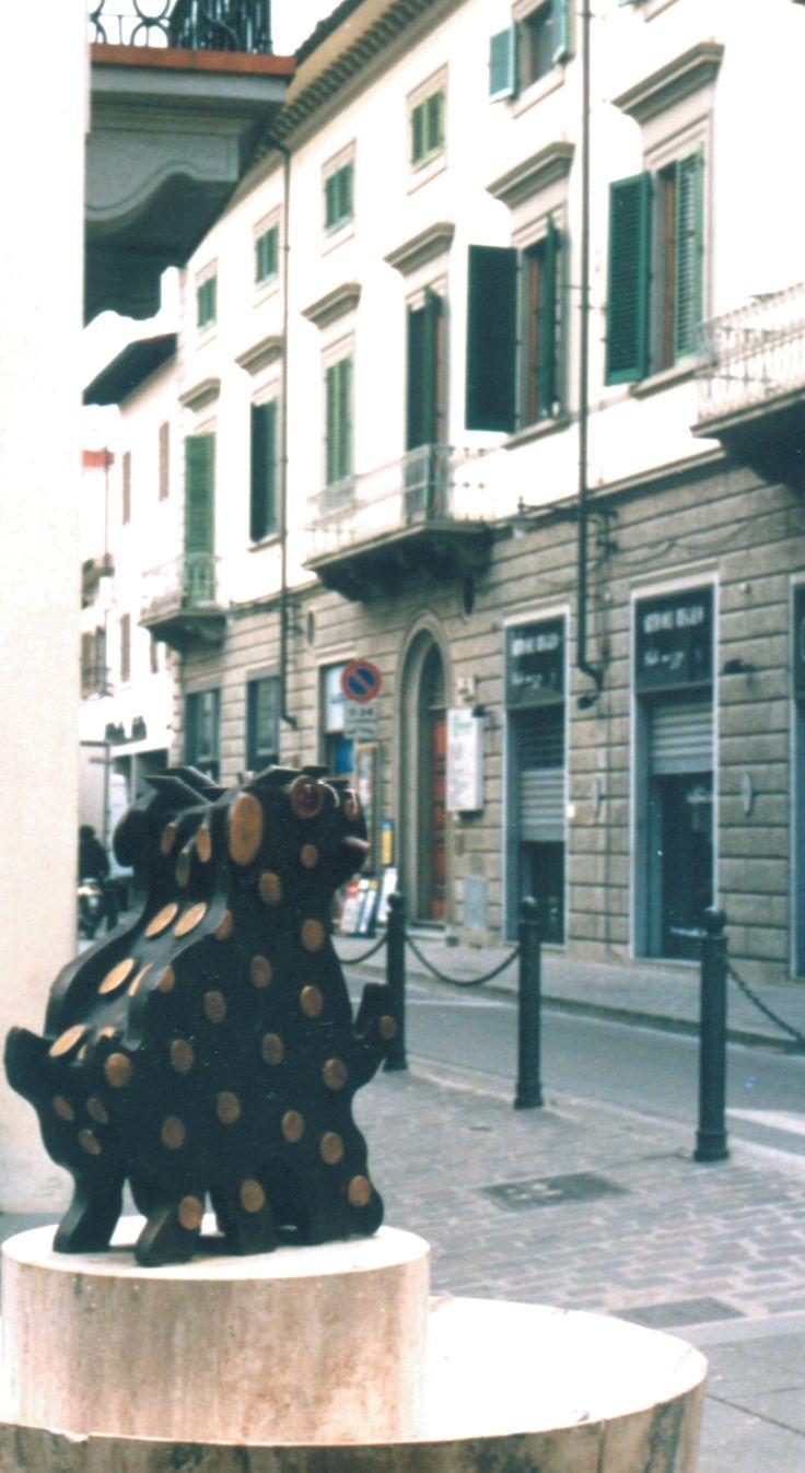 """""""Tom"""" 2000, Scultura in via Verdi, Sesto Fiorentino (Fi)"""
