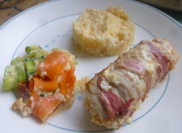 roulés de dinde/bacon à la crème de chèvre,riz,tagliatelles de légumes et sauce crémeuse