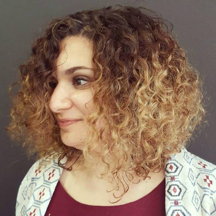 ms de ideas increbles sobre rubio rizado en pinterest el pelo rizado rubio cabello rizado natural y rizos de permanente