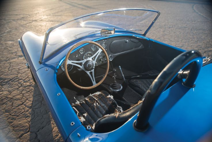 18 Beautiful Photos of Carroll Shelby's First Ever Cobra | Airows