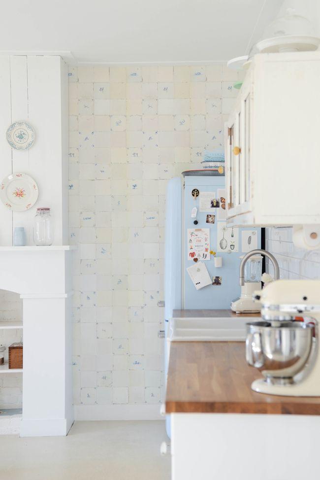Lovely install shot using wallpaper by Studio Ditte by @Yvestown