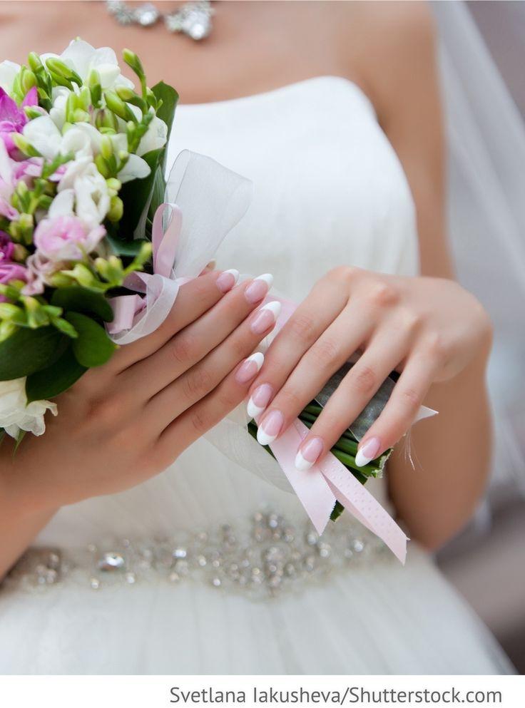 Brautnägel, French Maniküre für russische Hochzeiten