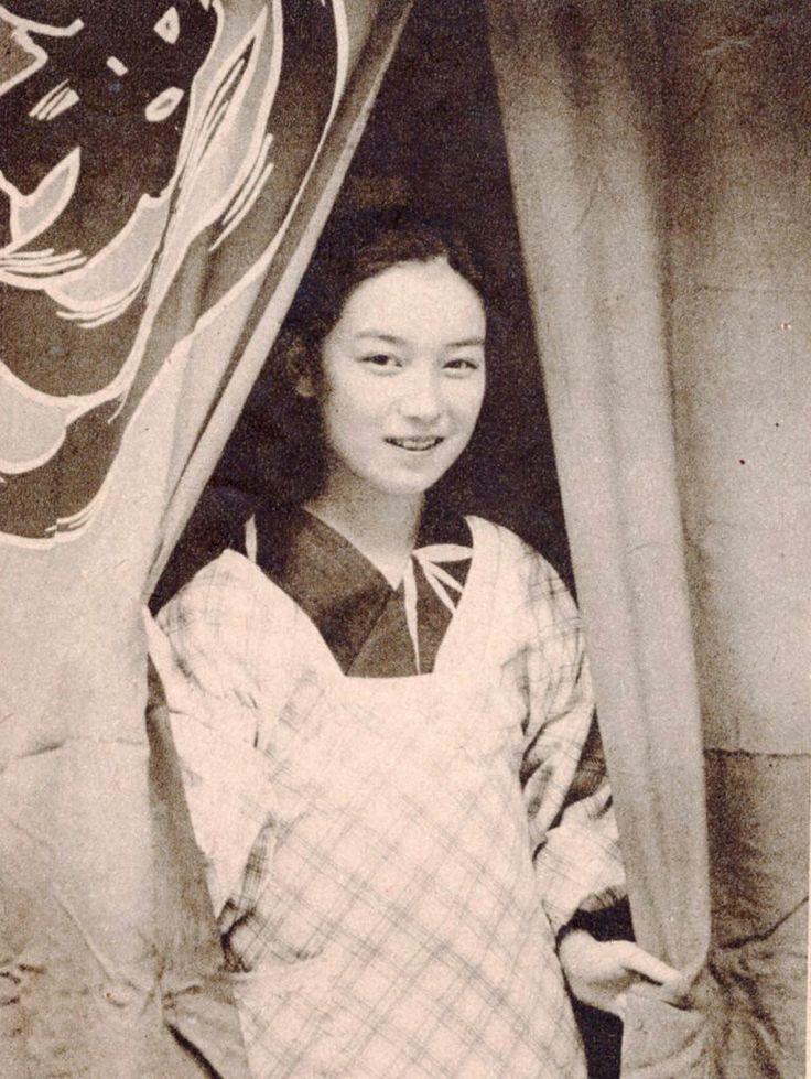 昭和11年 廣島 おでん屋の看板娘