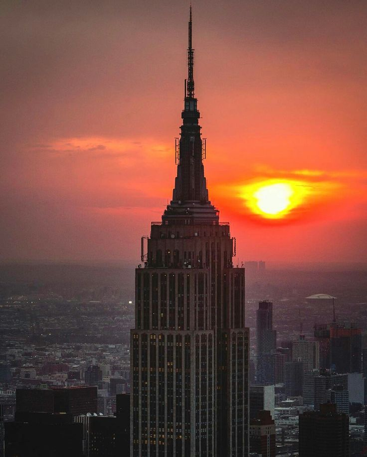 Empire State Building by Paul Seibert