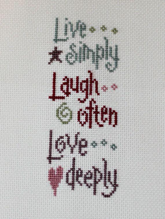 Vivir reír amar Mini por ForLoveOfStitching en Etsy