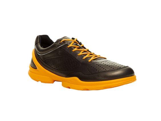 Ecco Biom EVO Racer 80250458432  http://www.bestsport.com.pl/produkt,Ecco-Biom-EVO-Racer-80250458432,80250458432,4065  Marka:Ecco Symbol:80250458432 Płeć:Mężczyzna Dyscyplina:SPORTOWE  SKÓRA YAKECCO wciąż poszukuje nowych rozwiązań – jako pierwszy producent na świecie zastosowało w swoich butach skórę z jaka. To duże zwierzę występujące w regionie Himalajów naturalnie przystosowane jest do życia w ciężkim środowisku.   #buty #obuwie #ecco #sport