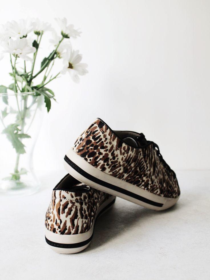 @zilianchoose sneaker love || animal print