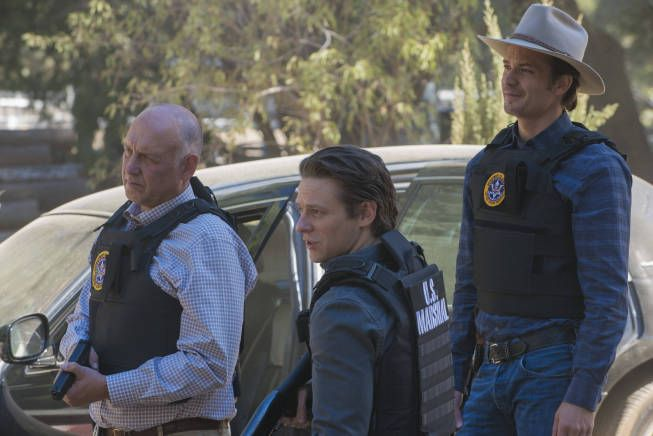 Justified Where's Waldo?  Episode 2 Season 4 Art Mullen, Tim Gutterson & of course Raylan Givens