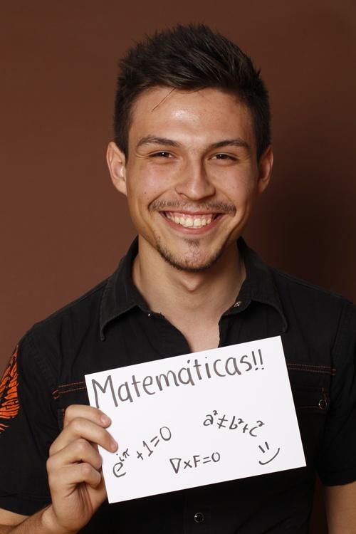 Math,CuauthémocMontalvo,FCFM,Estudiante,Santiago,México.