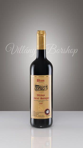 Blum Cabernet Sauvignon 2008  A borvidék legkiemelkedőbb fajtája, cserzőanyagban gazdag, csersavdús. Különleges minőségű. Mély rubinvörös szín, valamint a szőlőből megőrzött fűszer és zamat jellemzi. Több éves fahordós ászkolás során, magas élvezeti értéket adó bor, ezért is nevezik a borok királynőjének.