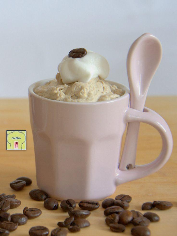 La MOUSSE AL CAFFE' è un dolce al cucchiaio davvero delizioso e rinfrescante, perfetto per rendere golosa la pausa caffè, con una ricetta facilissima!