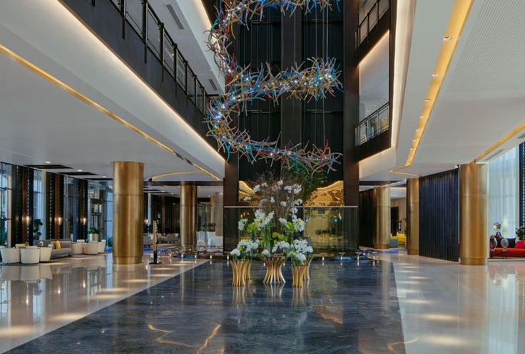 The Westin Doha Hotel & Spa Lobby