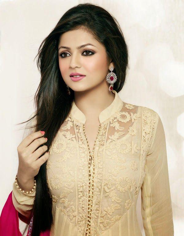 Drashti Dhami (31 years old)