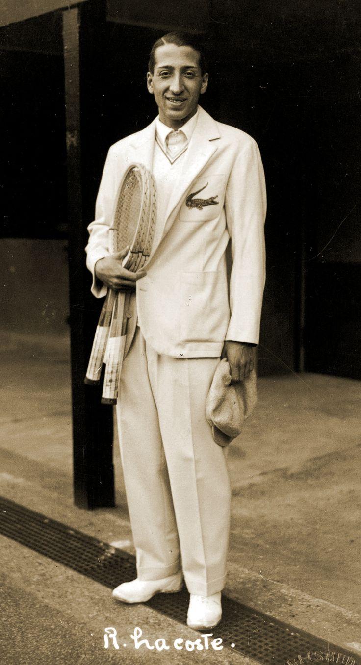 Jean René Lacoste (1904-96) est un champion de tennis français. Il est également le fondateur de la marque Lacoste