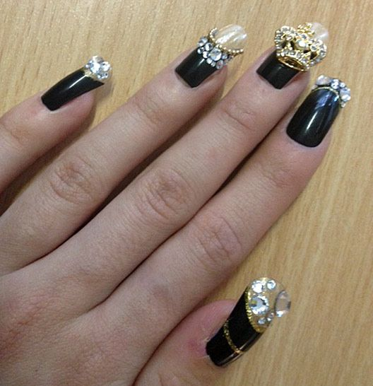 Celebrity Nail Artist: 22 Best Images About Celebrities Nail Designs On Pinterest
