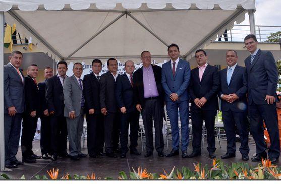 Los alcaldes de Risaralda acompañaron la posesión del Gobernador Sigifredo Salazar